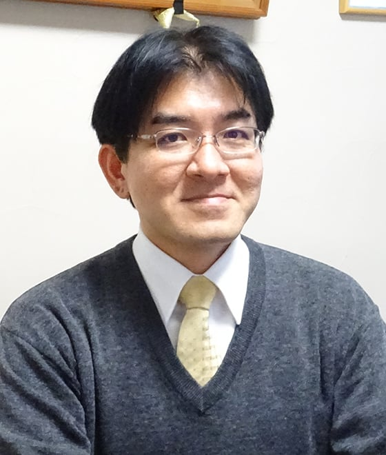 営業部 課長 中田 吉行